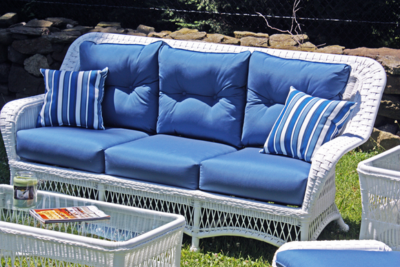 Wicker Paradise Outdoor Sofa